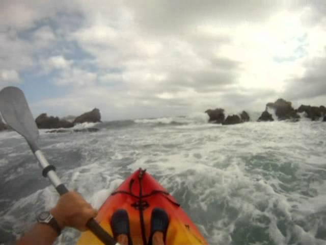 Ceuta-olas-en-Kayak