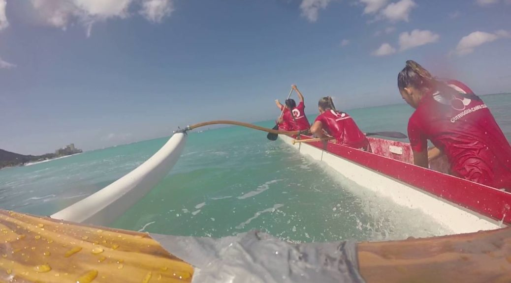 Outrigger-Canoe-Club-2016-Race-All-Girls-Canoe-Dump